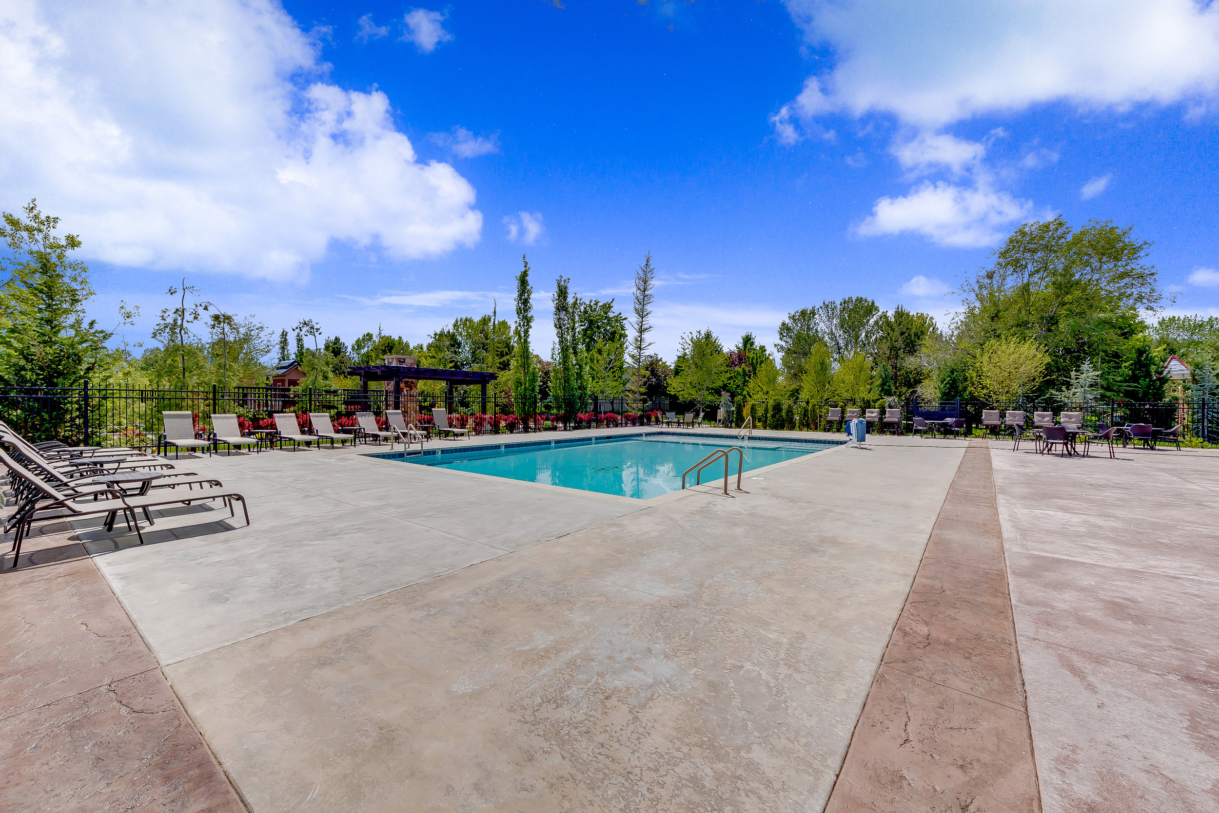 15-Williamson River Ranch Pool.jpg
