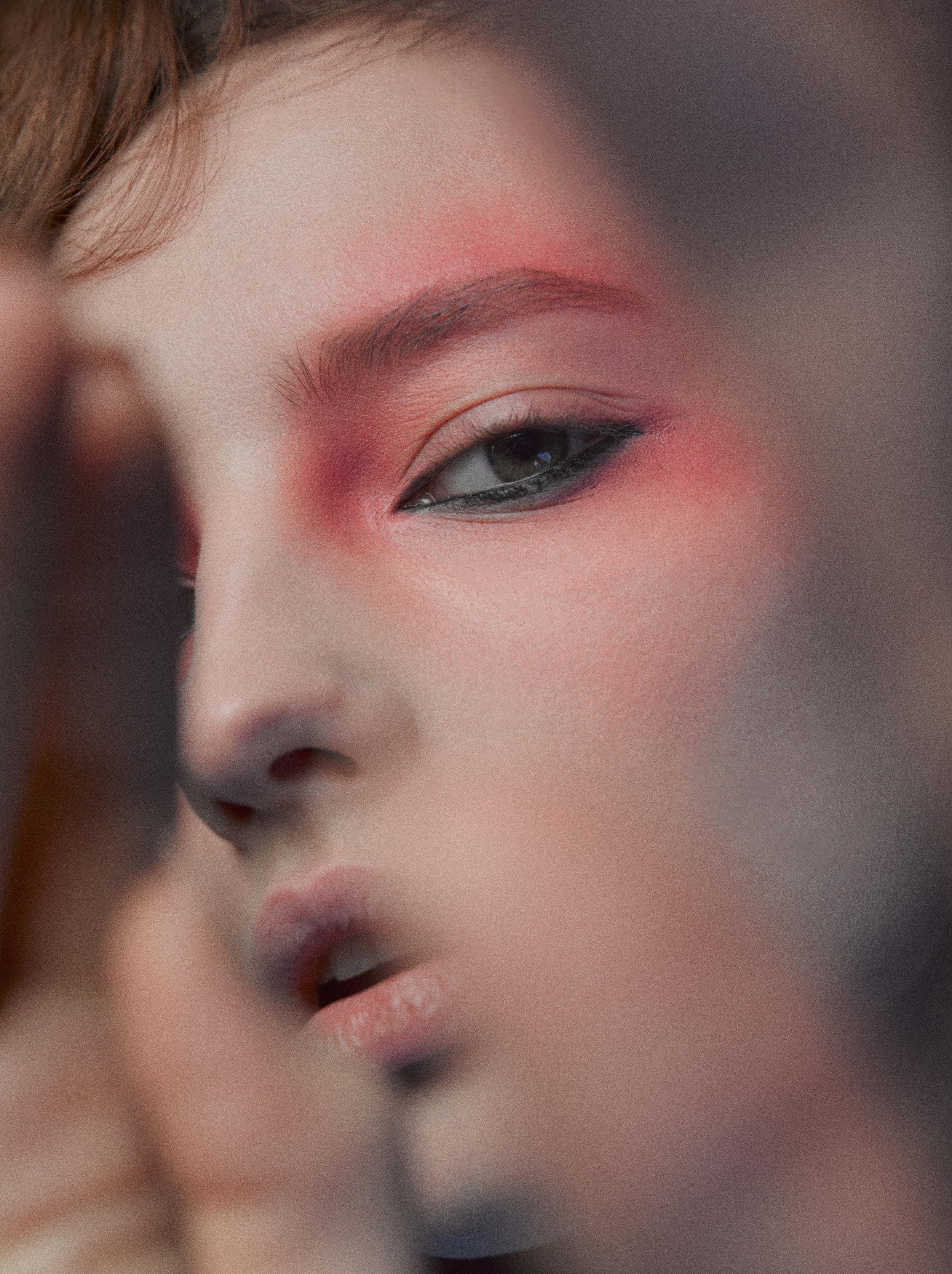 Style : Nata Werner  Make-up: Iren Shimshilashvili  Hair: Evgeny Zubov