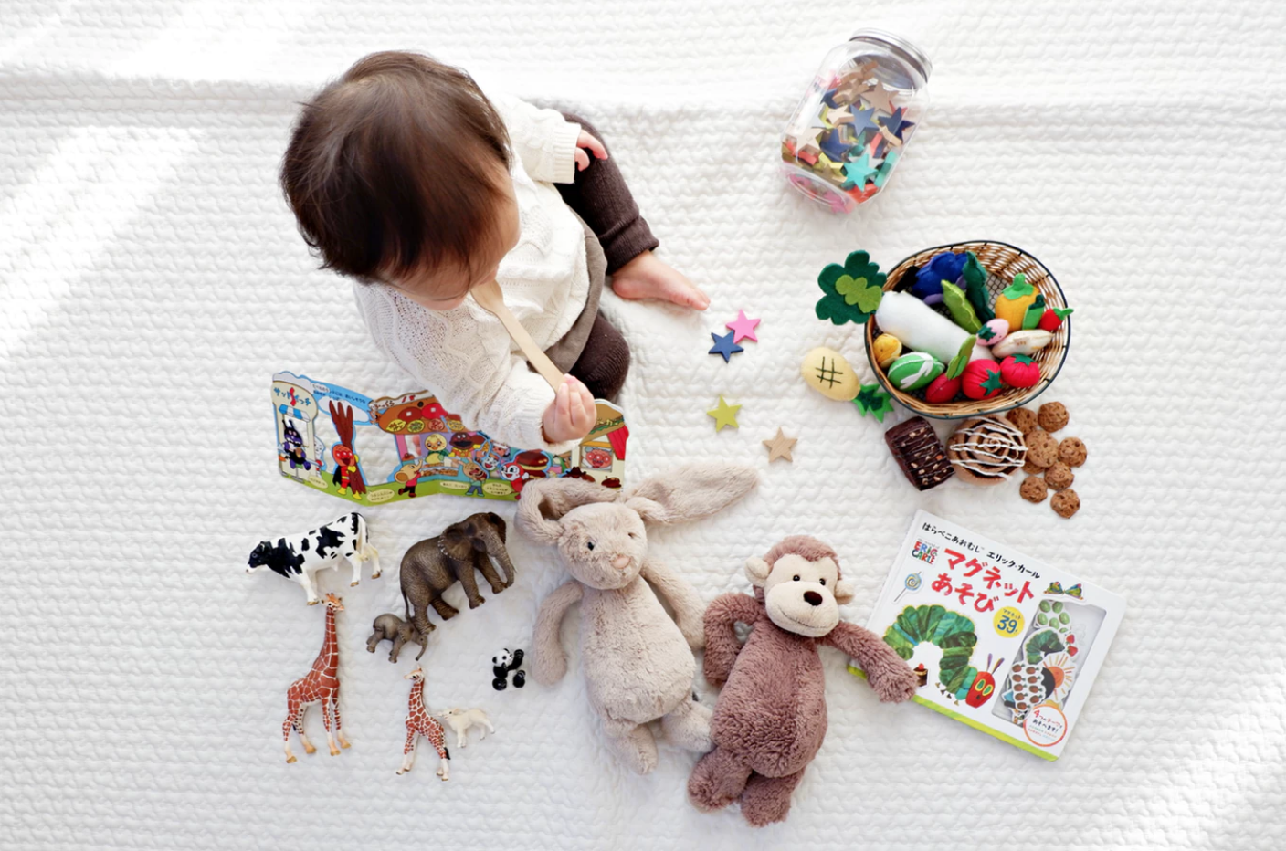 toys, furniture & accessories -