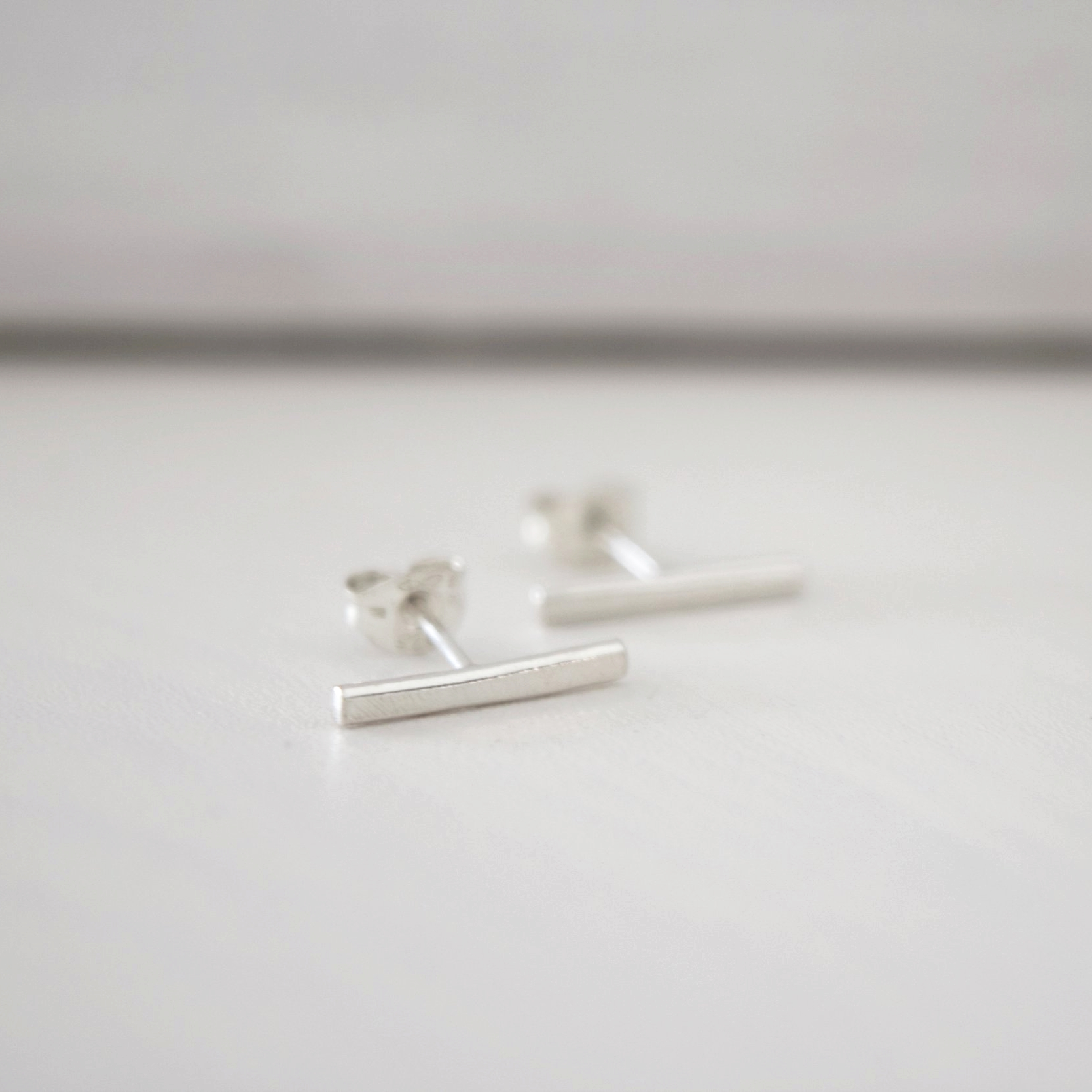 SILVER HORIZON STUD EARRINGS