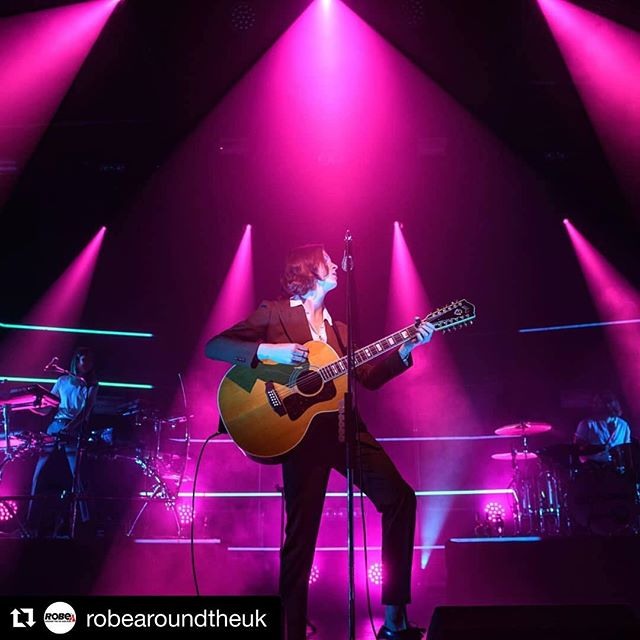 "Thanks for @robearoundtheuk for featuring our recent work on Blossoms' headline tour. ・・・ More #homegrown talent news for you now as @robelighting was thrilled to be part of the recent @blossomsband tours in May and the winter tour from the end of November to the middle of December. This #indieband are from Manchester and have been going from strength to strength since their firsts gigs in 2013.  The lighting design was created by Edd Croft of @mangatacollective who funnily enough are also based in Manchester and have been operating for over a year now and run by three very experienced chaps, Edwin Croft, James Shaw and Chris Philips, more on them later.  As for the tour itself, Edd has worked with the band since February 2016 so was sure he could create the right design for their most recent tour in May. On that set of shows he used #MegaPointes as the spots in the flown package and was so impressed with their performance that for the winter tour he changed all the spots to MegaPointes, using 24 in total! ""I'm a big fan of the MegaPointes and they have become my go to fixture when choosing spots!"" Another new addition to the lighting design was the inclusion of the new Robe #RoboSpot system with a base station controlling a MegaPointe and was used due to the soft focus it can create as well as the amazing colours and Ed now raves about the system as it was such as a success. ""The RoboSpot was great, it really enhanced the show. The front light is very dynamic in the show, so when the bands signer Tom opted to put down the guitar and roam around the stage on this tour I was apprehensive about calling traditional followspots but the RoboSpot handled it perfectly!"" A big shout-out to @dbnaudile for being the tour supplier and to @ceghirepro for supplying the RoboSpot system so great work everyone!  #RobeLighting #BlossomsTour #Showtime #Mangata"