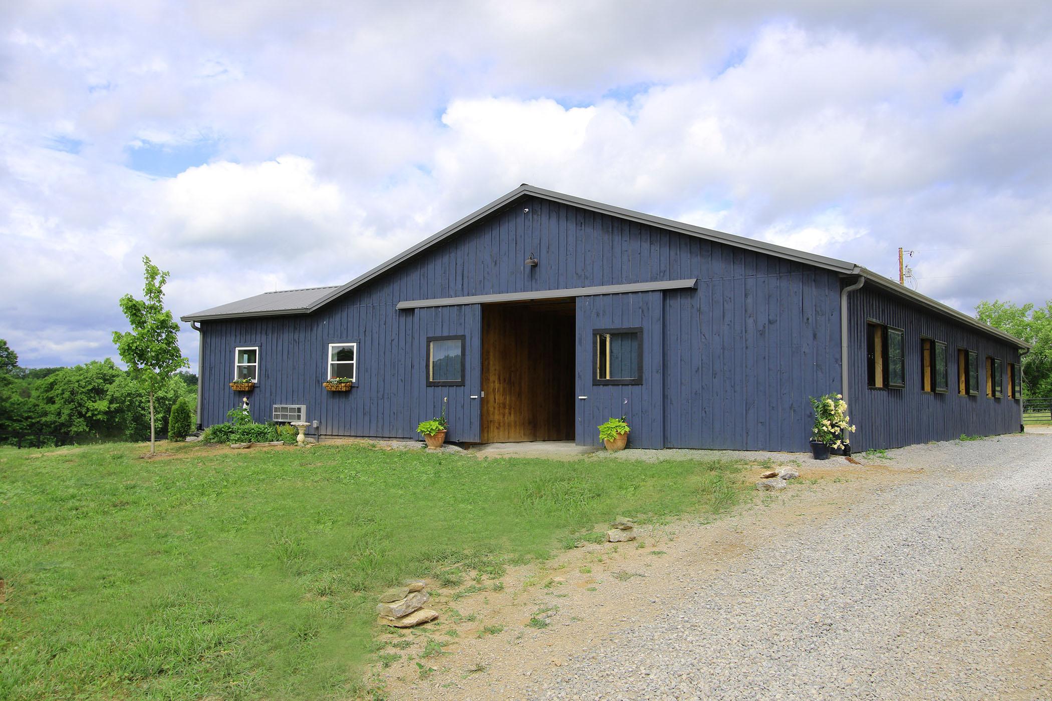 Front of barn.JPG