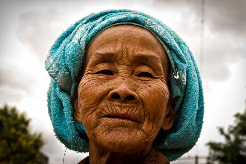 myanmar_portrait_woman-.jpg