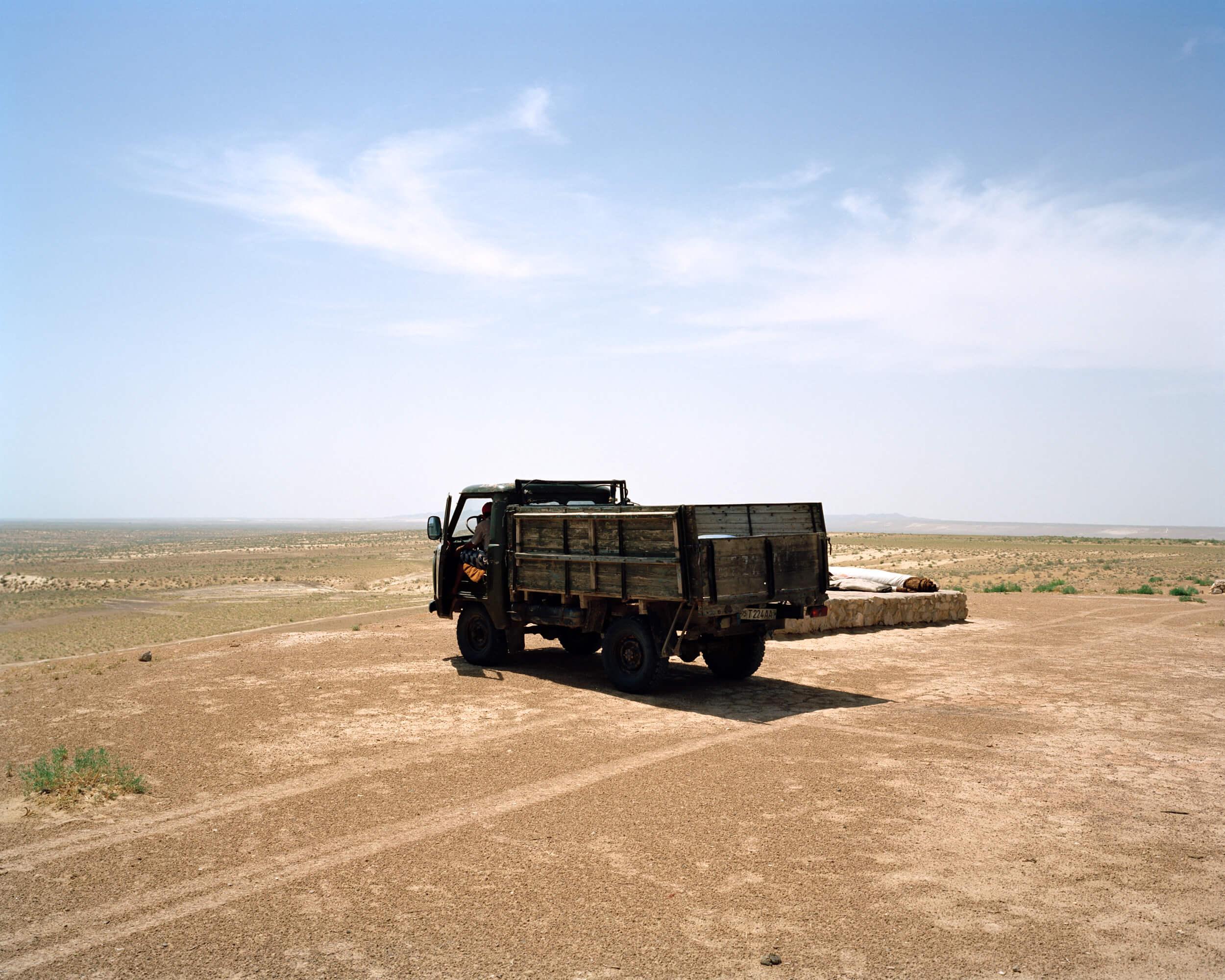 marco-barbieri-water-in-the-desert-44.jpg