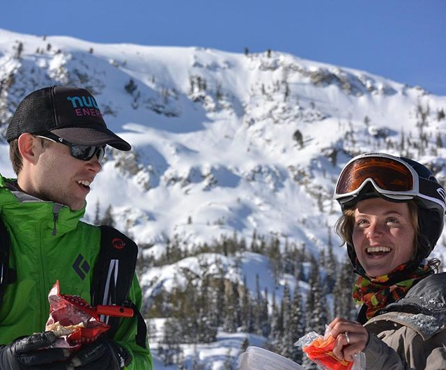 Laughter and mountains. Does it get better?⠀ .⠀ .⠀ .⠀ #realadventuredesign #idaho #benchhut #skiing #earnyourturns #foodisbetteroutside