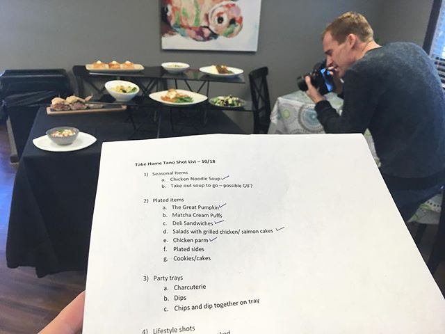 Cheers to an organized team, the concise shot list I put together and everyone was happy with, a successful morning, and gorgeous food. Thanks as always @cory.woodruff 🤗 . . . . . #graphicdesign #design #logo #branding #freelance #work #illustration #socialmediamarketing #socialmedia #instabusiness #selfemployed #work #smallbusiness #digitalmarketing #typography #photography #artdirection #facebookmarketing #copywriting #agency #wellness #brand #brandstandards