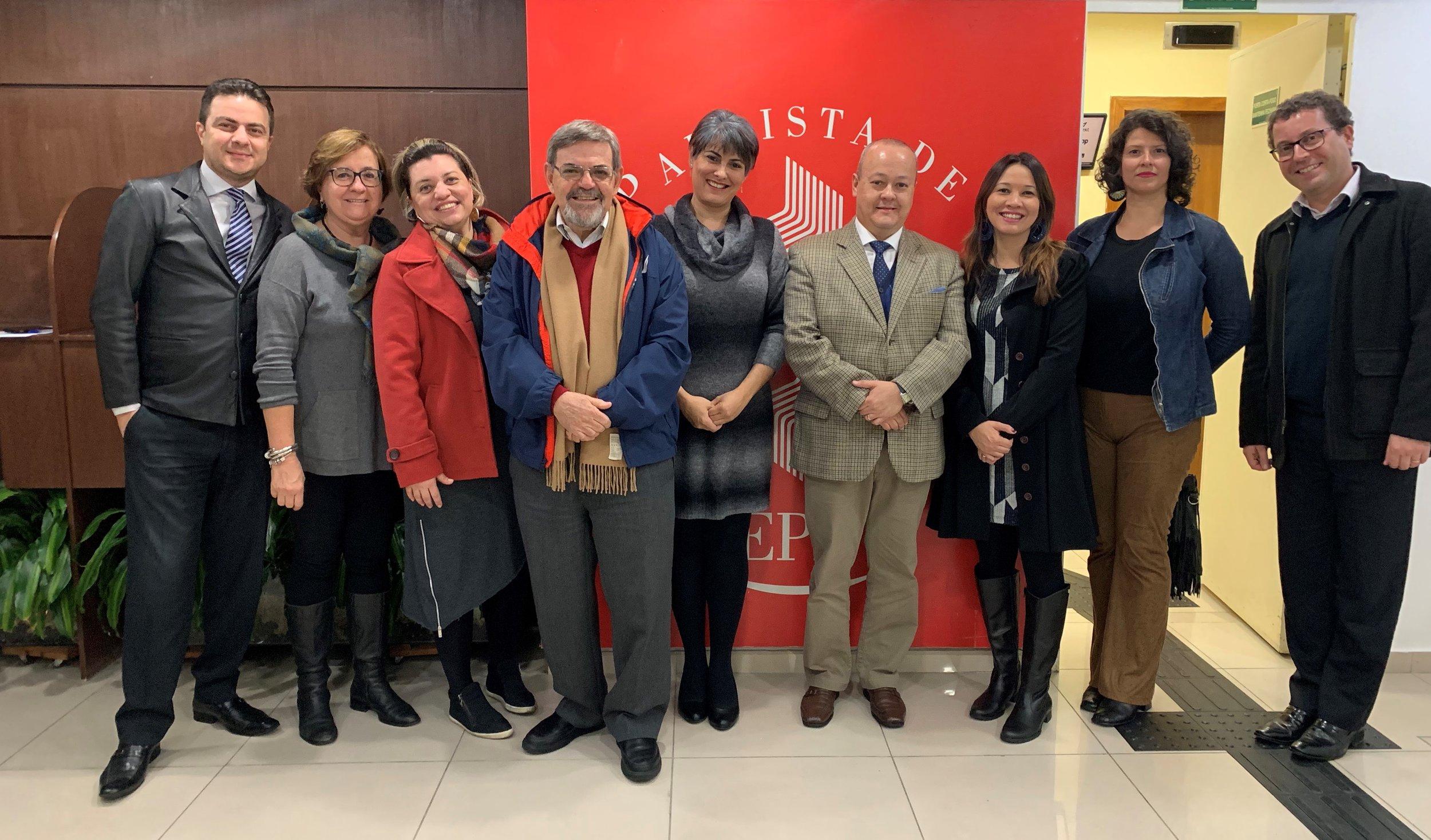Professores da EPD na recepção aos palestrantes da noite.