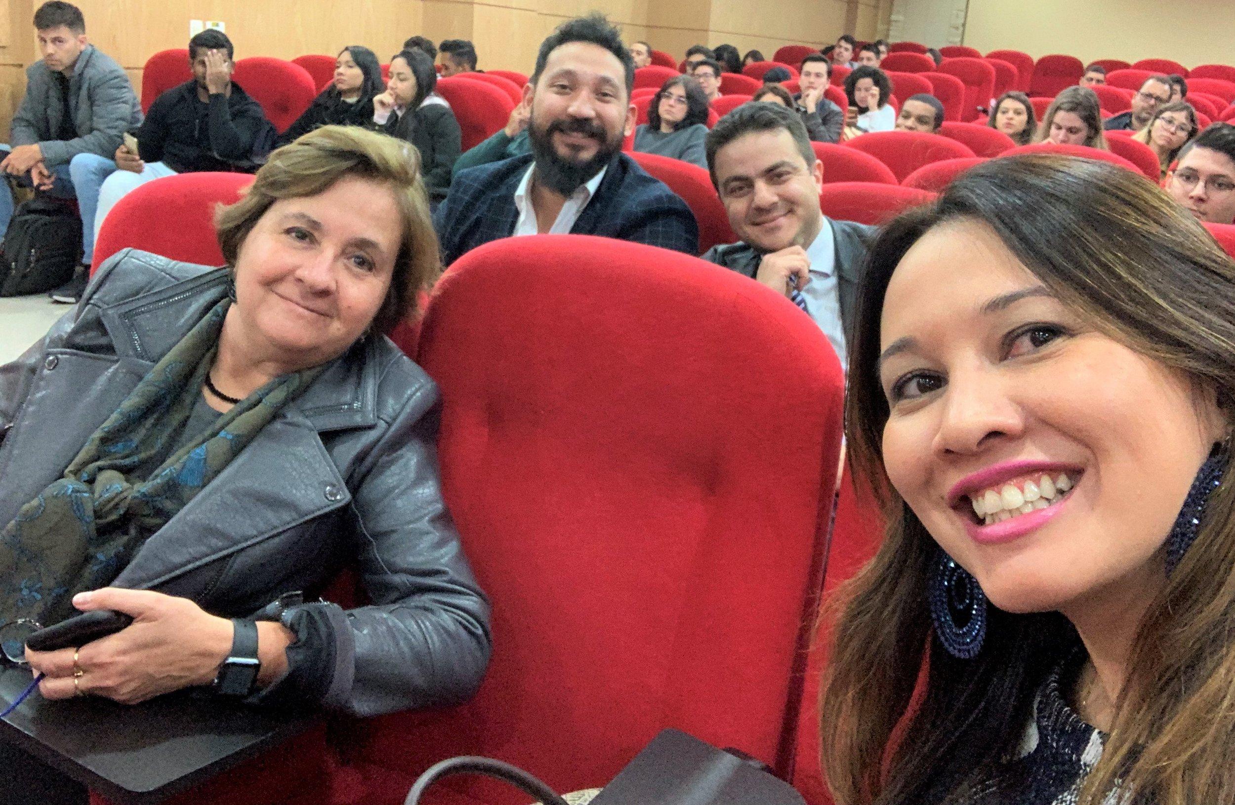 Com os Professores Dagmar Fidelis, Fernando Hideo e Ademir Costa Jr, atentos na plateia!
