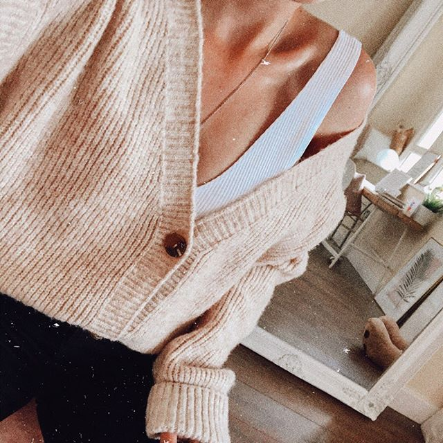 I hate to be that girl but my cosy cardigan is out and it's time to admit that autumn is coming 🍁🍂