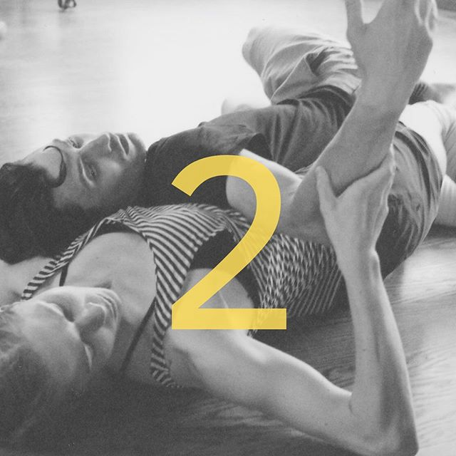 We're 2 days out! Two chances to see Undercover Episodes this week! @bungalow_by_middlebrow and @regardschicago ! Stay tuned for a special announcement about another place Undercover may be popping up this summer! • • • • • #summer #dance #makingmoves #interactive #tanz #dança #dances #movement #chicagodance #creative #choreography #inspired #movement #worldwidedance #contemporary #contemporarydance #dancer #chicago #art #artist #artists #undercover #ep #episode #episodes