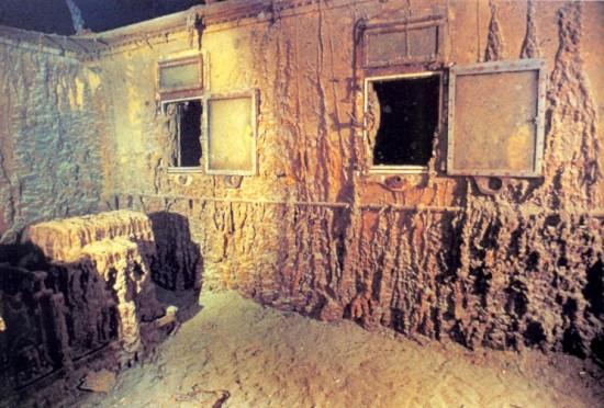 titanic-wreck-5-550x372.jpg