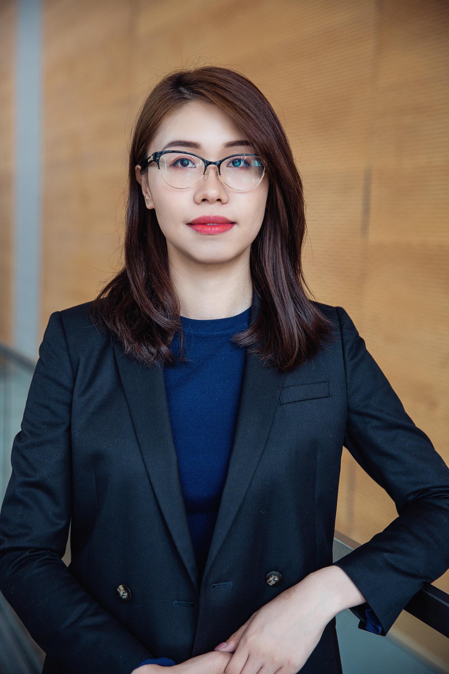 - 陈晓时律师是JDC律所的创始人之一。陈律师本科毕业于女皇大学心理学专业。在此之后,她在奥斯古德法学院攻读了法律博士学位,并成为了一名安大略省执照律师。毕业后,陈律师就职于多伦多市中心顶尖商业地产律所。陈律师经手过大量房地产和商业交易。她坚信,对律法精准的理解和与客户之间良好的沟通是提供优质服务的关键。