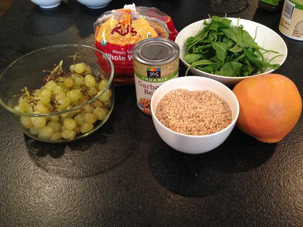 healty-foods-molly-sims.jpg
