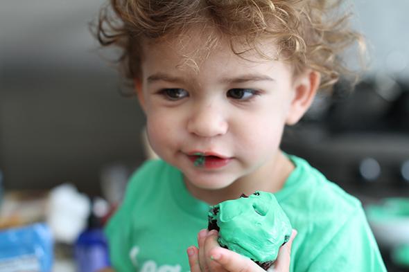 brooks-stuber-green-cupcakes.jpg