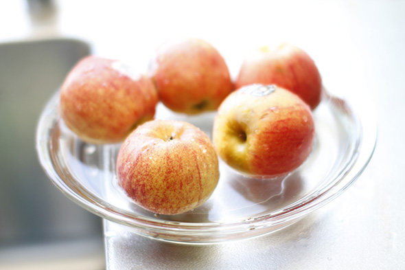 molly-sims-apples-apple-pie.jpg