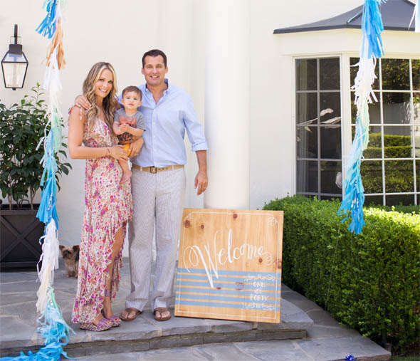 molly-sims-welcome-family2-3.jpg