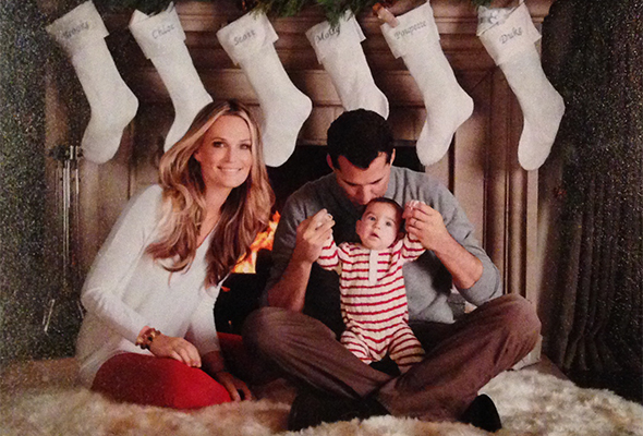 molly-sims-christmas-2012-featured-3.jpg