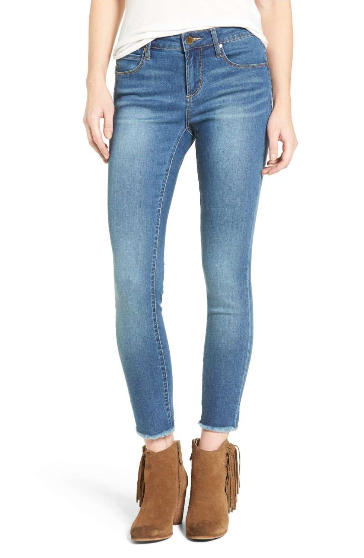 carly skinny jeans.jpg