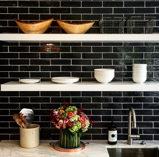 THE DISH ON DECLUTTERING