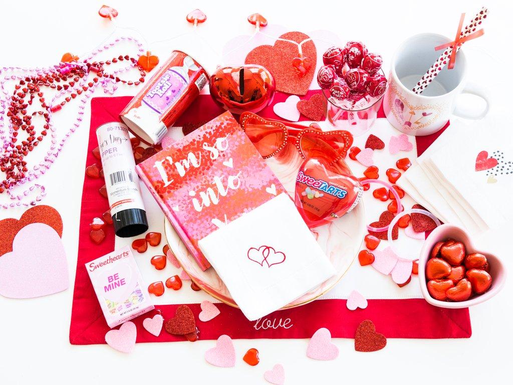 ValentineBox-1_1024x1024.jpg
