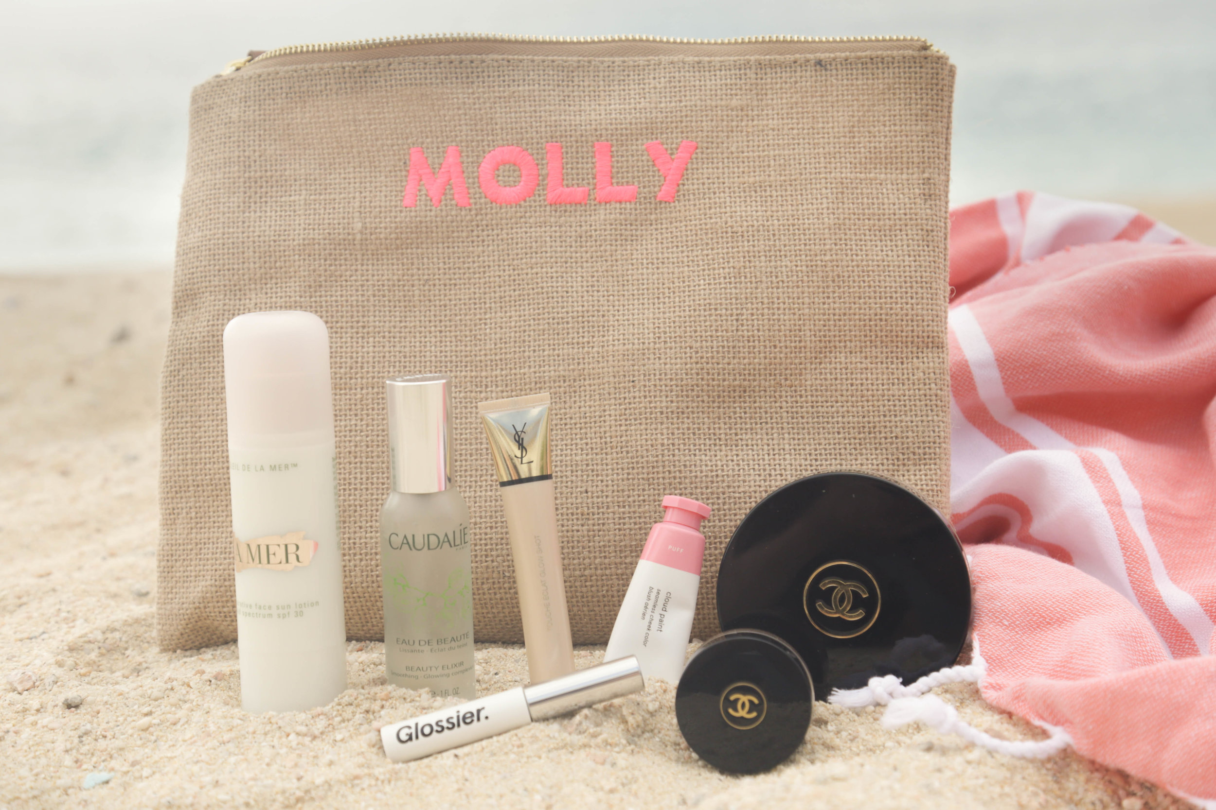 Simple + Easy Beach Makeup (Photography: Erica Hampton)