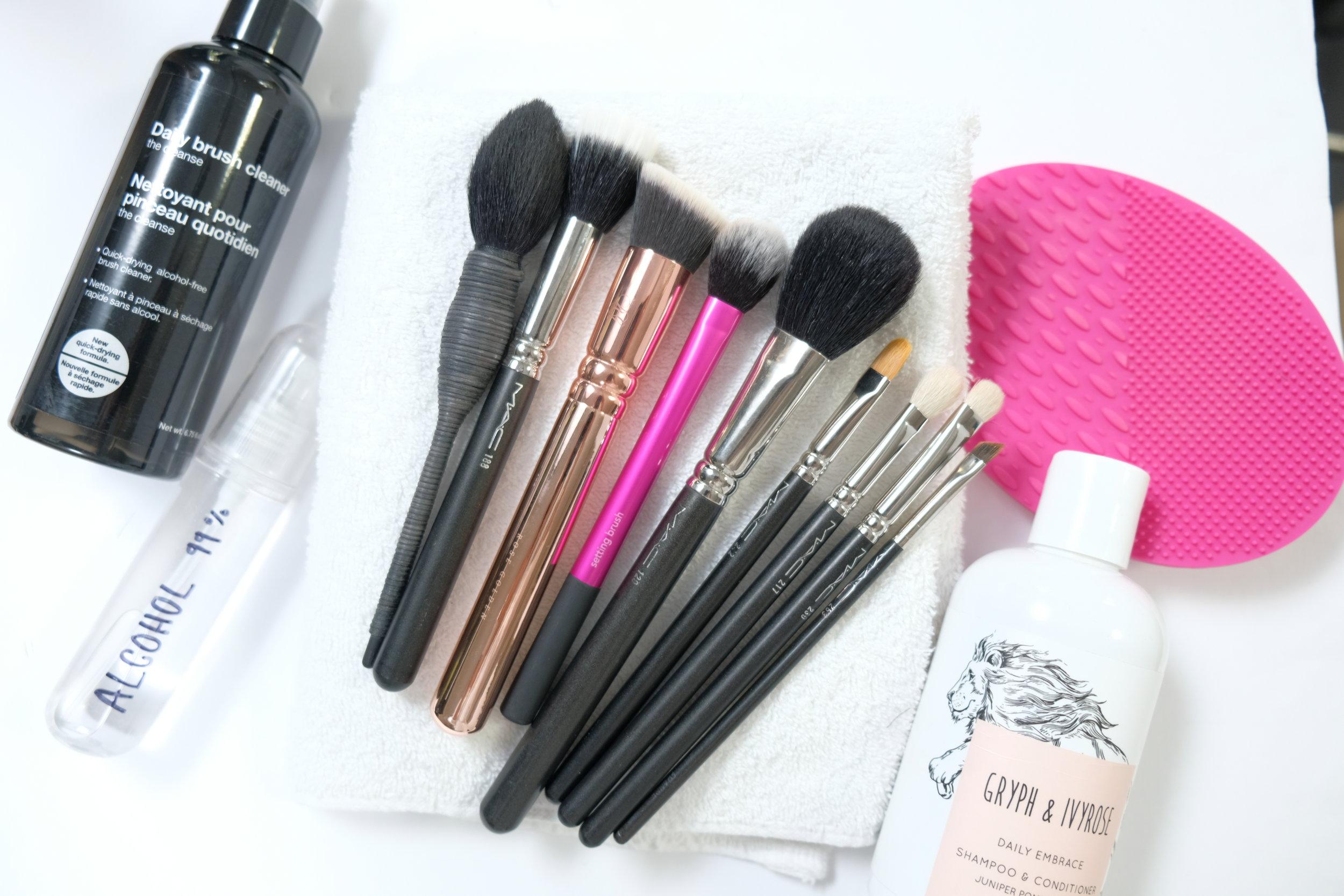 VIDEO: Makeup Brushes My Makeup Artist  & I Use