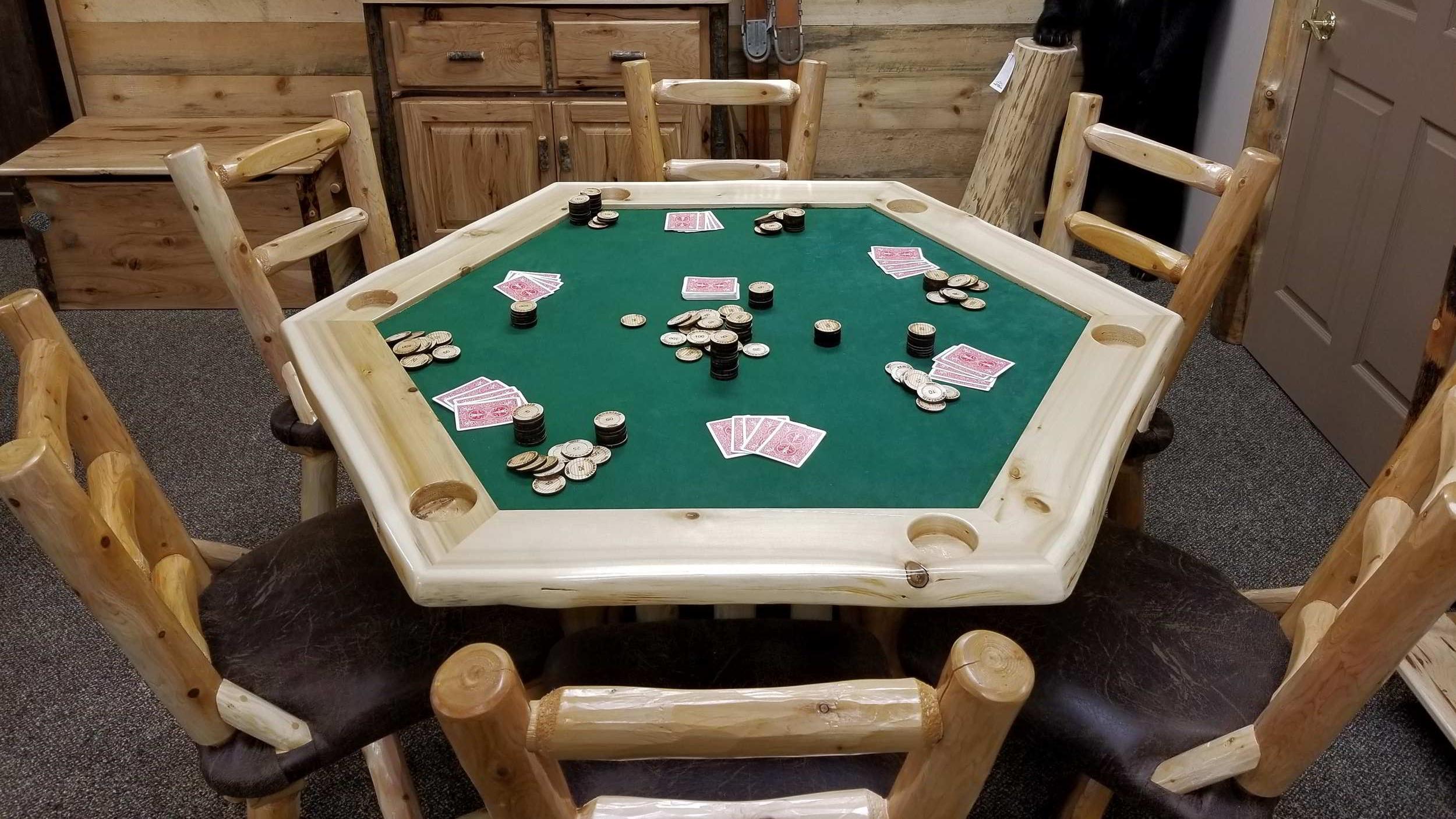 POKER TABLES -