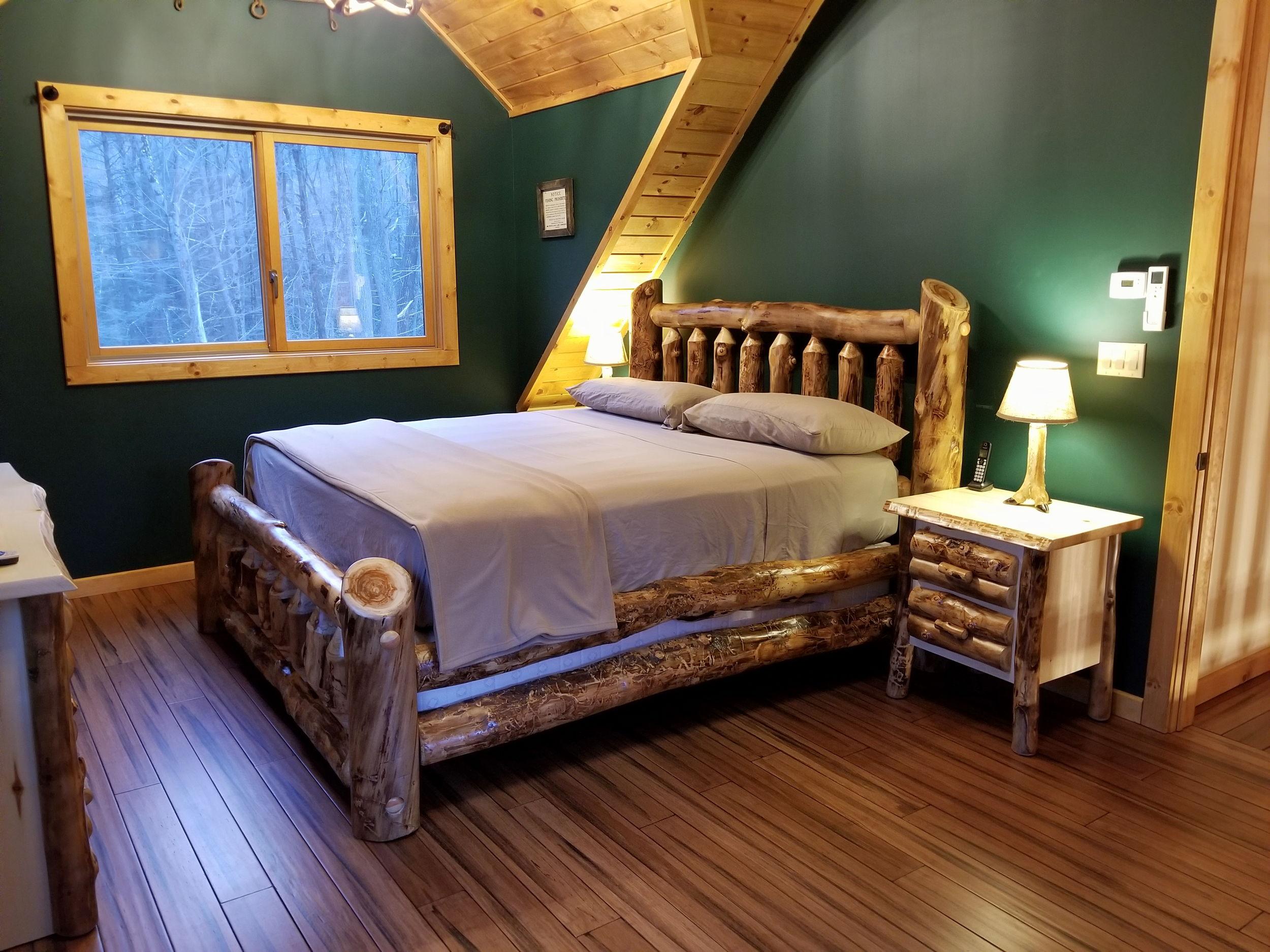Big Pocono Lodge Bedrooms (1).jpg