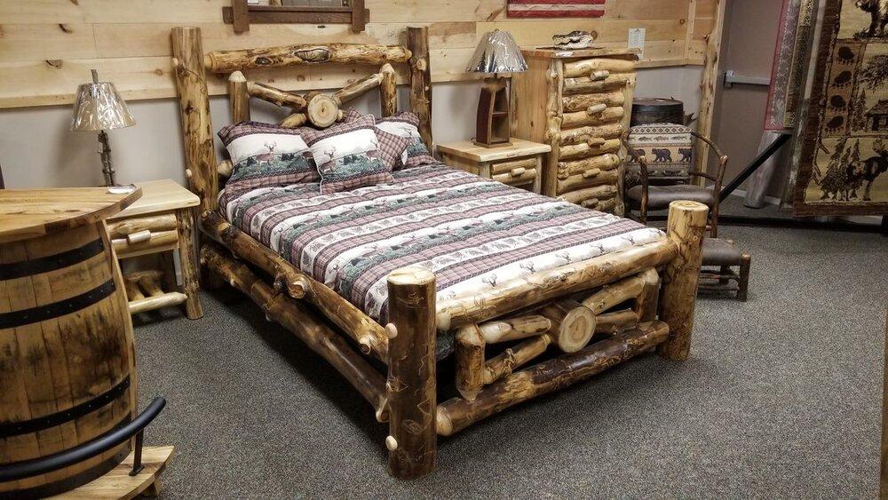 Aspen Wagon Wheel Bed Ez Mountain, Rustic Mountain Furniture