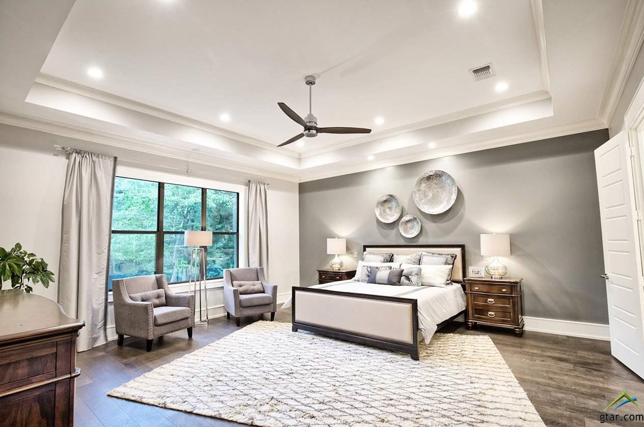 Lowden Parade Master Bedroom.jpg