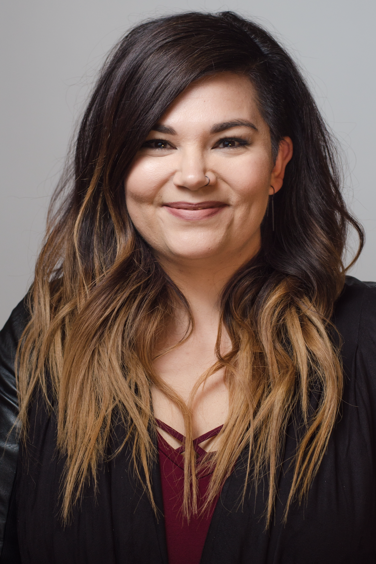 - Morgan Jae is a hair+makeup artist who has over 12 years of experience, spanning from the midwest to Los Angeles. She specializes in enhancing natural beauty, as opposed to painting completely over it.
