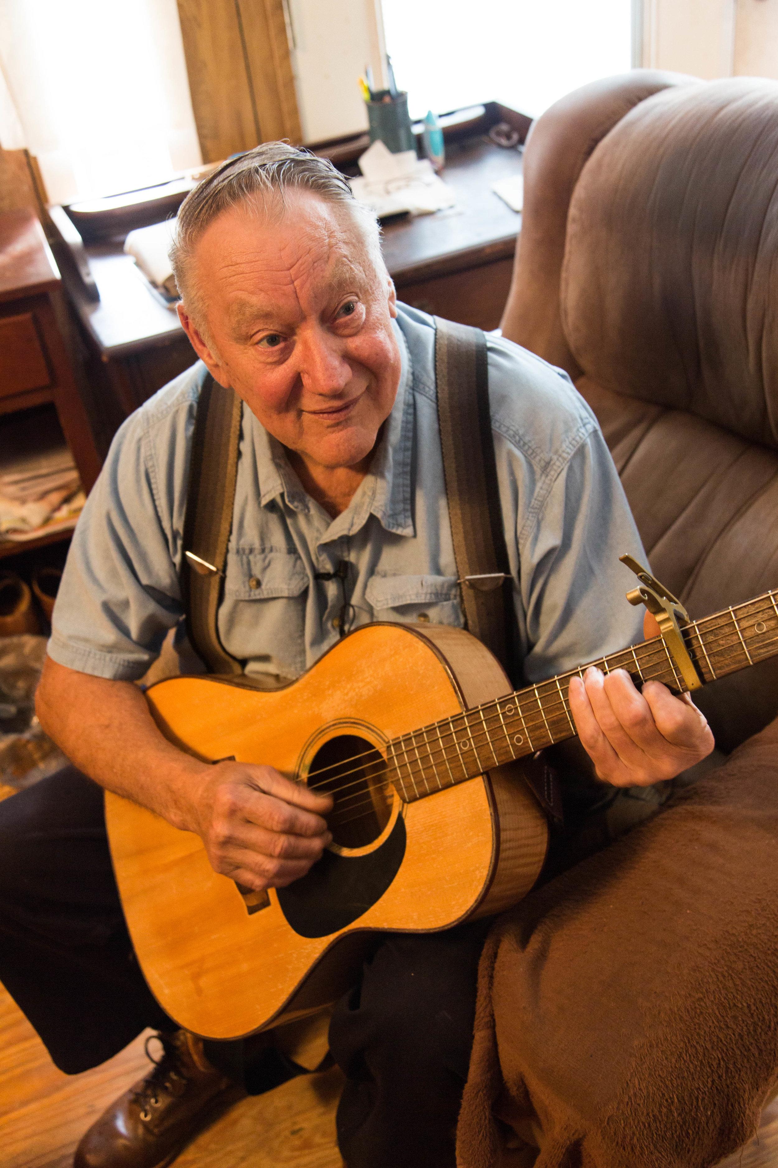 Glenn Bolick is a musician and storyteller.