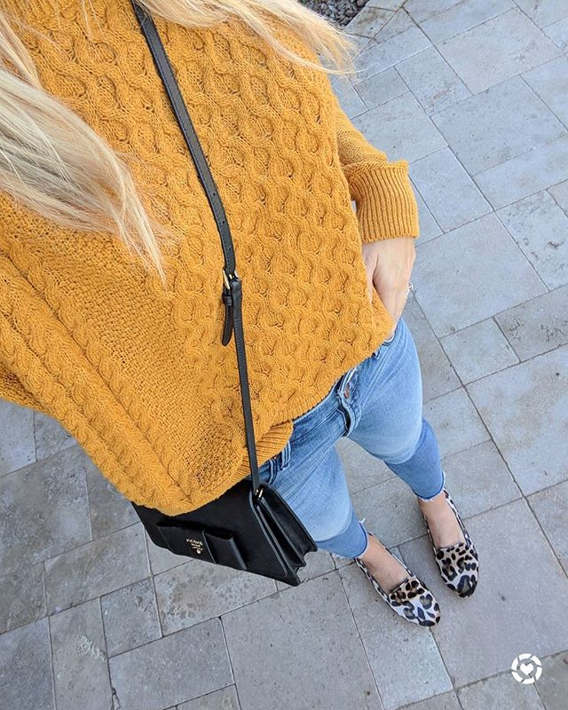 I really don't know how to take these outfit selfies but here's my best attempt! 😜 Loving this mustard yellow color for Fall and this sweater is only $20!! 🍁💛 And a touch of leopard print is always a good idea in my book👌Happy Thursday, friends!! http://liketk.it/2tnX4 @liketoknow.it #ltkunder50 #wiw #ootd #fallstyle #targetstyle