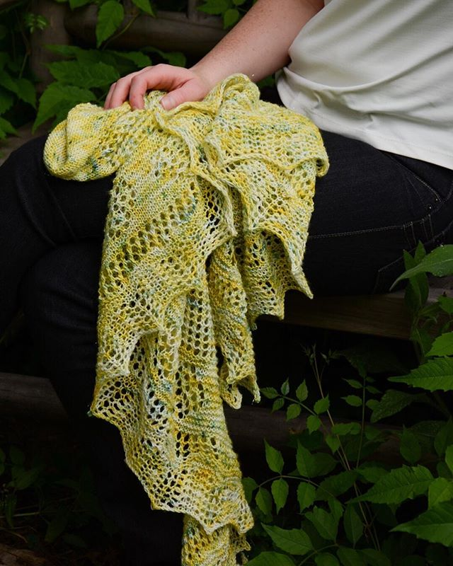 Lovin summer days and lightweight knitting! Even though it's waaay to hot to wear said knits. . Yarn is @theyarnathomemom  Pattern is Lemon Verbena Shawl . #knittersofinstagram #naomigracedesigns #toohotforknits #summerknitting #laceknitting #knittersgonnaknit #knittingismytherapy #knittie