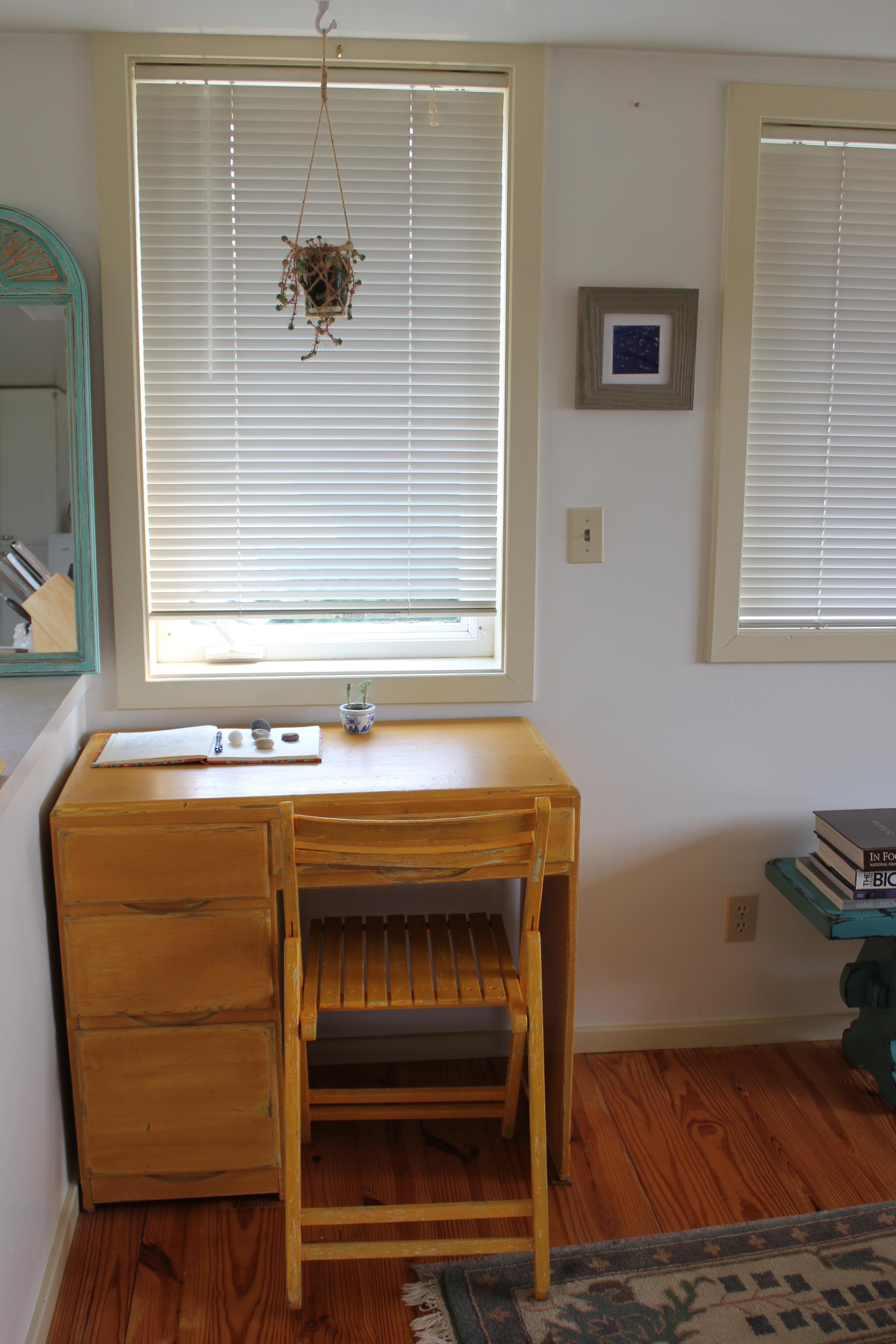 desk area in shabby chic apartment.JPG