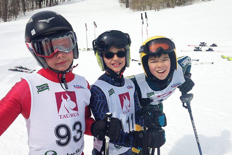 Alpine Programs - Woodstock Ski Runners offers alpine ski racing and freestyle skiing programs for participants age 6-18. We emphasize fun and provide the motivation and instruction to help your child be the best skier they can be.