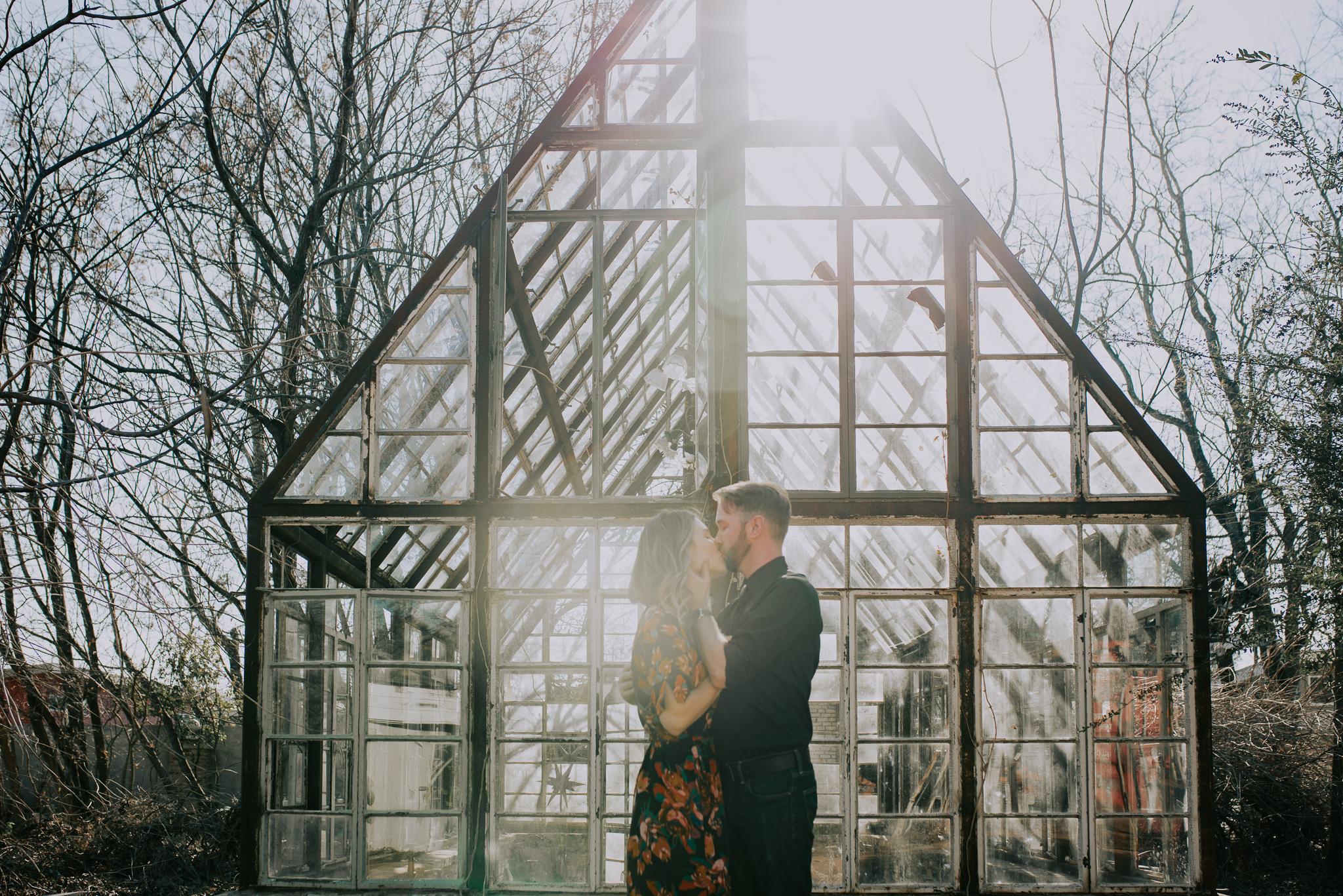 kristen giles photography   texas-wedding-elopement-photographer-sekrit theater-austin-engagement-4-blog.jpg
