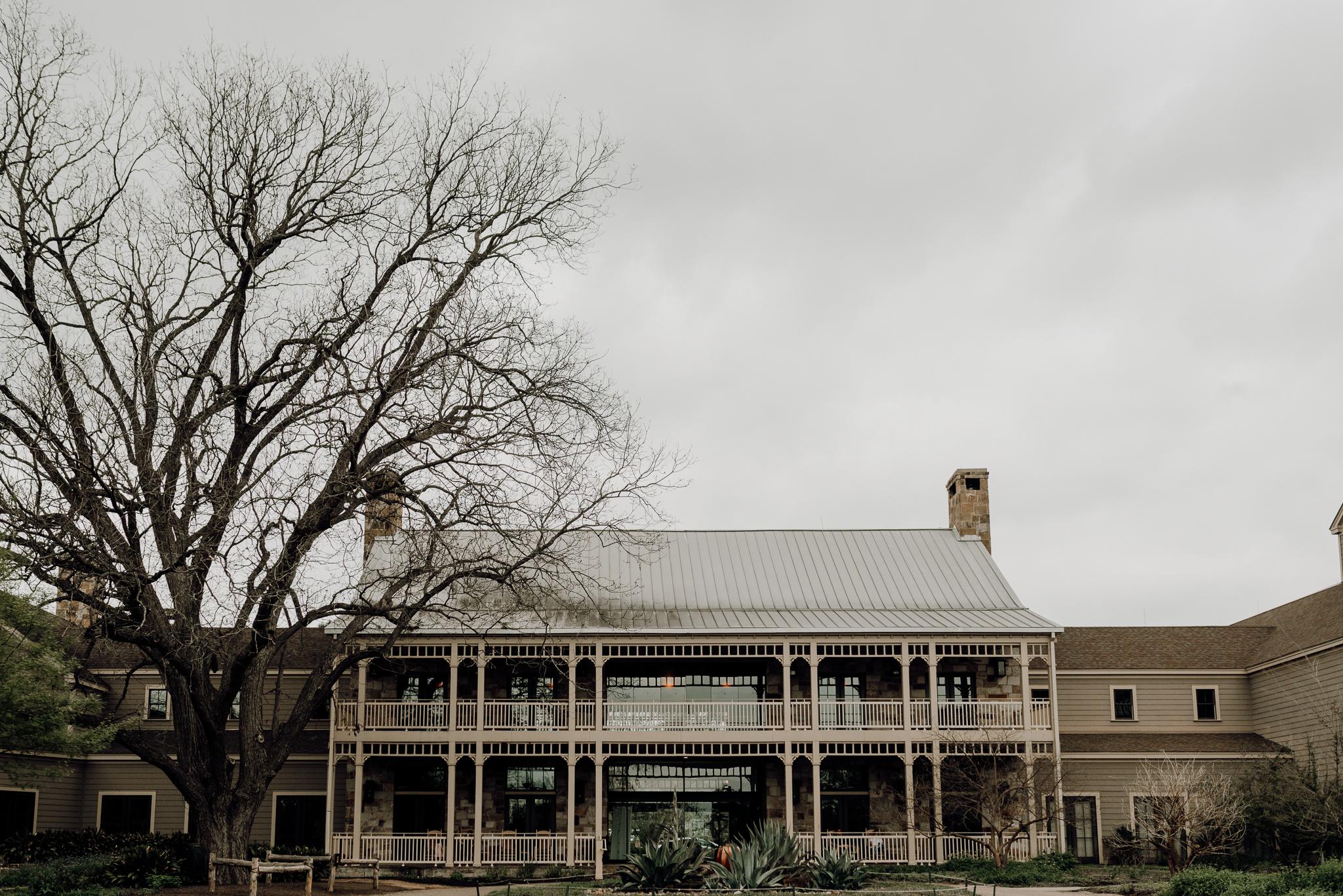 kristen giles photography | texas-wedding-elopement-photographer-Duchman Winery-Austin TX-4-blog.jpg