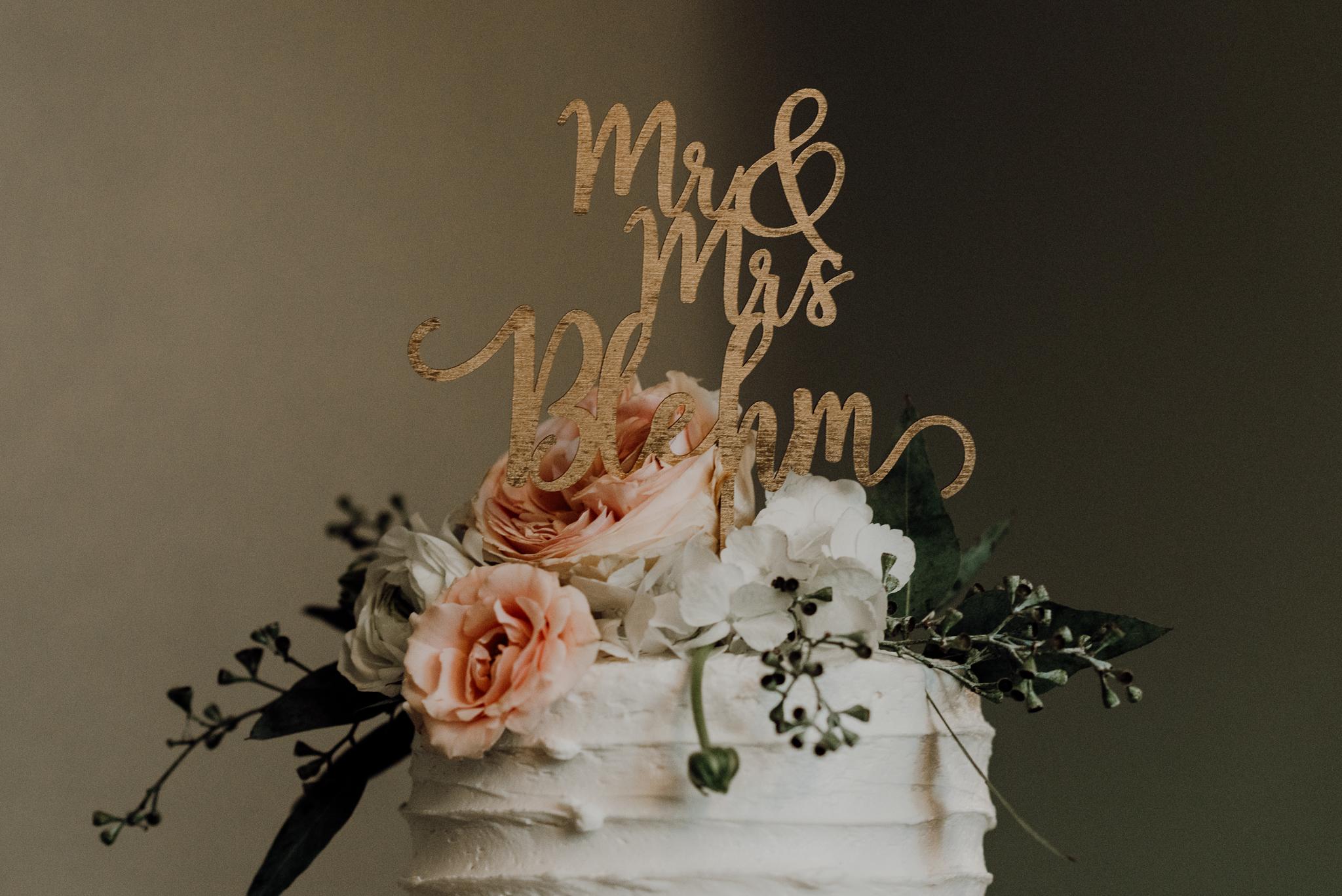 kristen giles photography | texas-wedding-elopement-photographer-Duchman Winery-Austin TX-10-blog.jpg