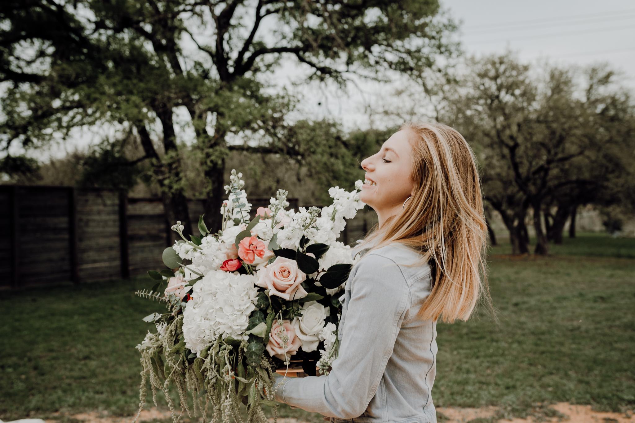 kristen giles photography | texas-wedding-elopement-photographer-Duchman Winery-Austin TX-19-blog.jpg