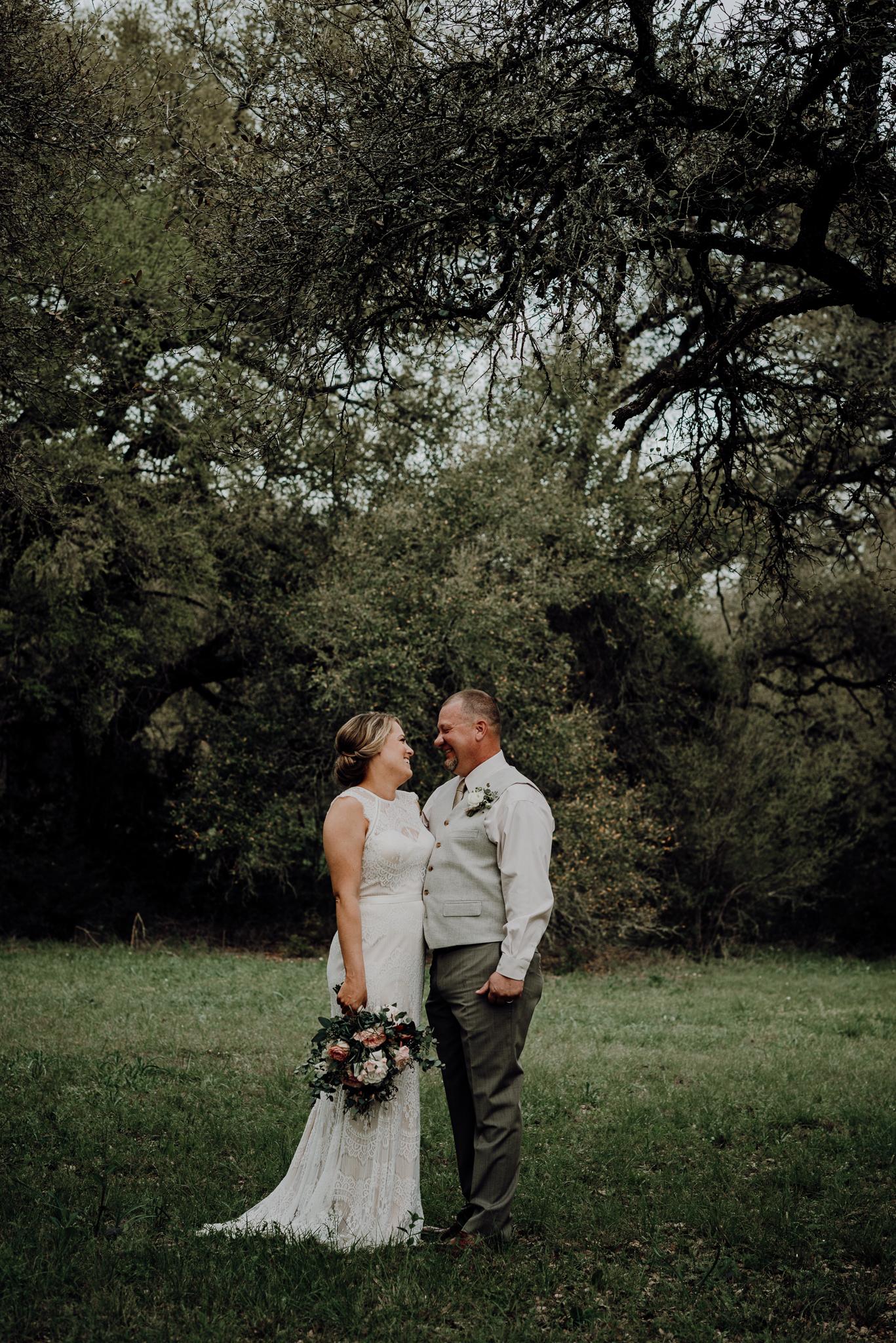kristen giles photography | texas-wedding-elopement-photographer-Duchman Winery-Austin TX-22-blog.jpg