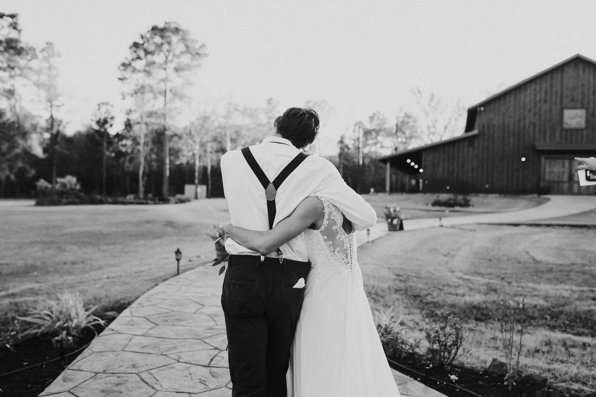 Michelle + Aron-Houston Wedding Photographer-Magnolia Meadows-Winter Wedding | Kristen Giles Photography - 051.jpg