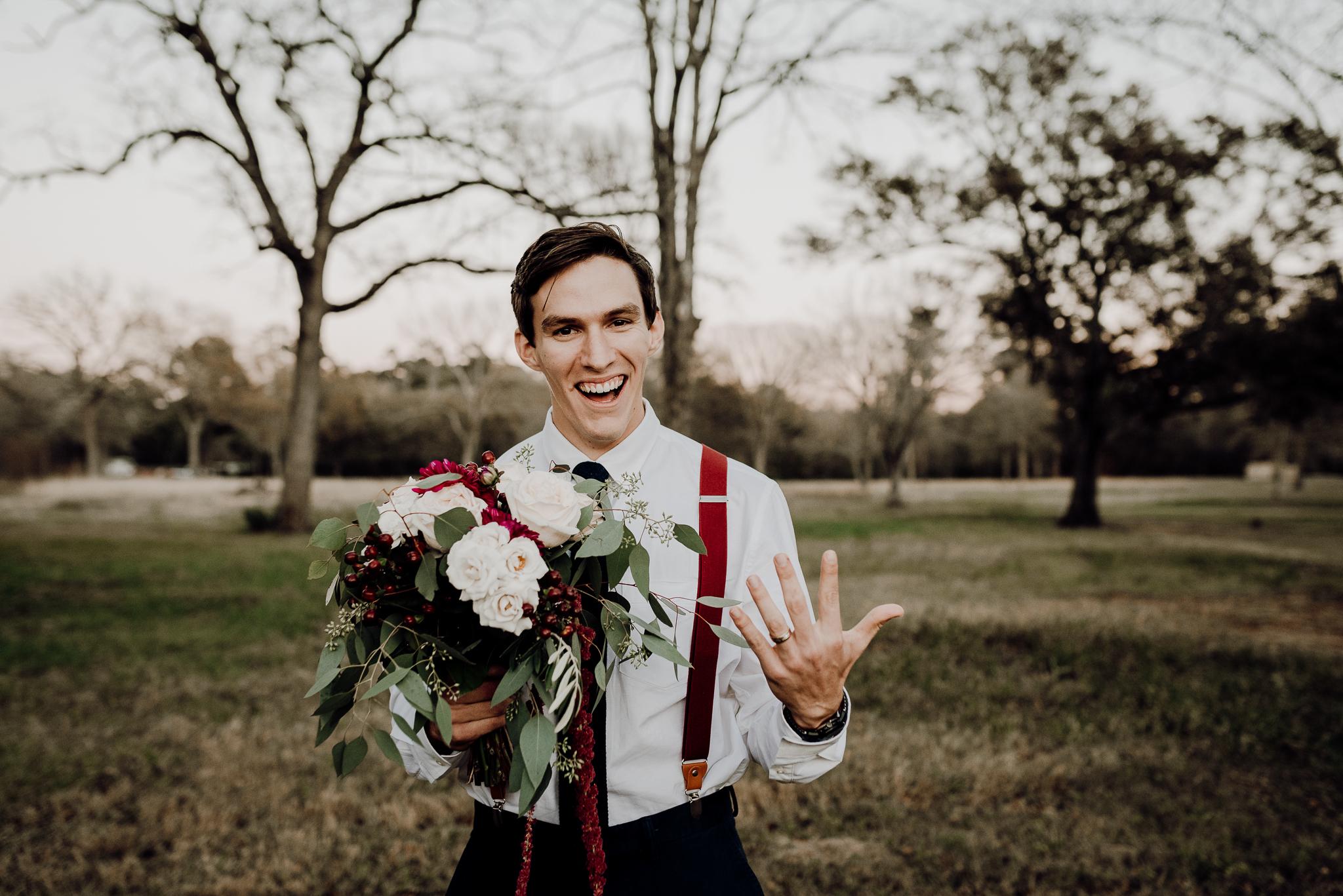 Michelle + Aron-Houston Wedding Photographer-Magnolia Meadows-Winter Wedding | Kristen Giles Photography - 079.jpg