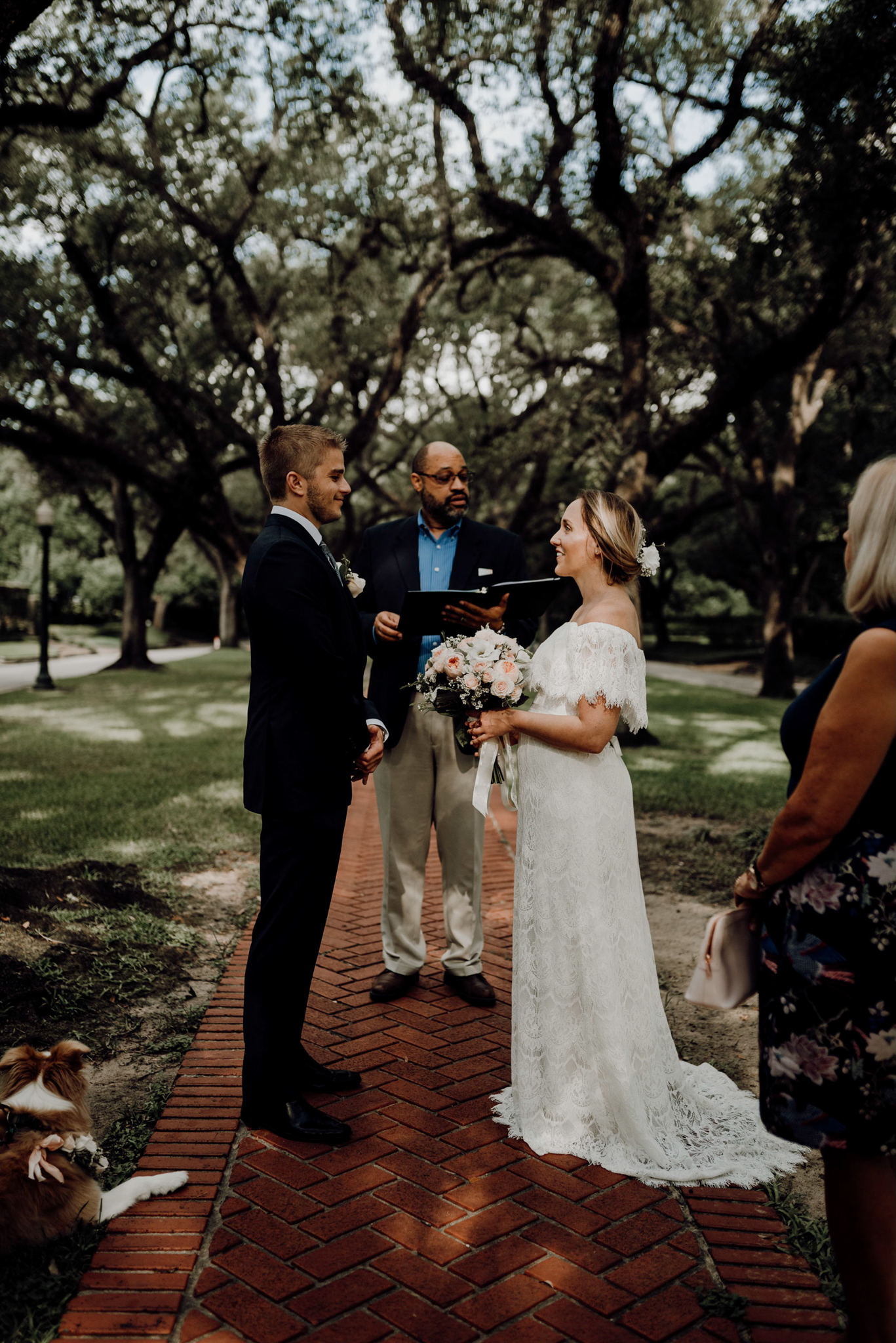 Houston Wedding Photographer-North Blvd Intimate Elopement- Houston Wedding Photographer -Kristen Giles Photography-15.jpg