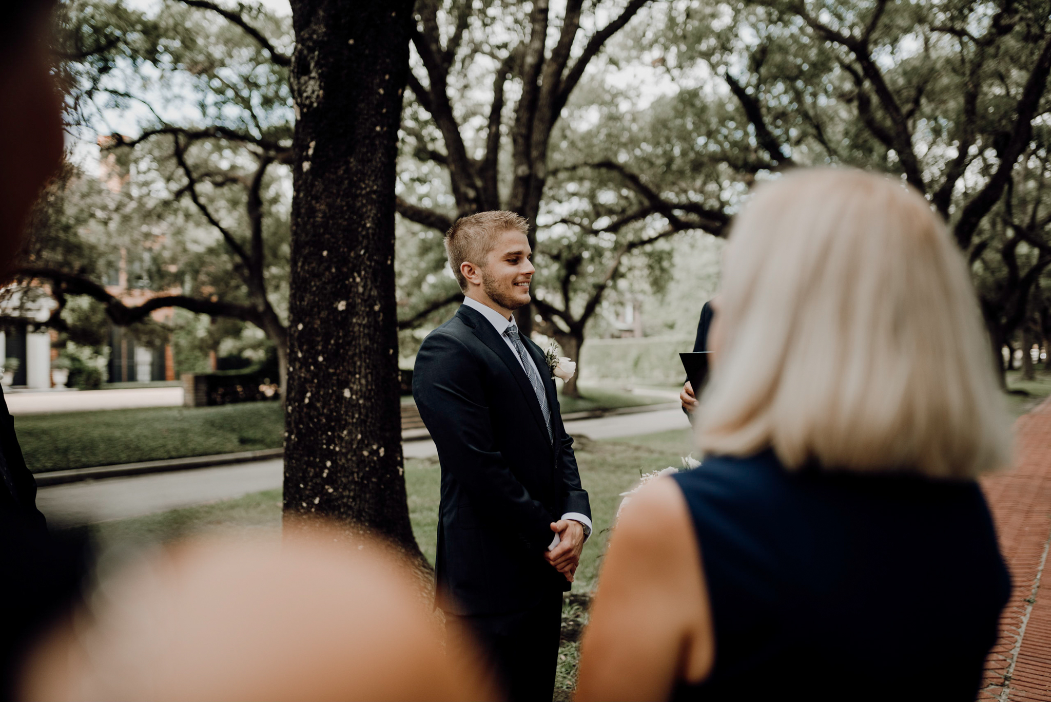 Houston Wedding Photographer-North Blvd Intimate Elopement- Houston Wedding Photographer -Kristen Giles Photography-16.jpg