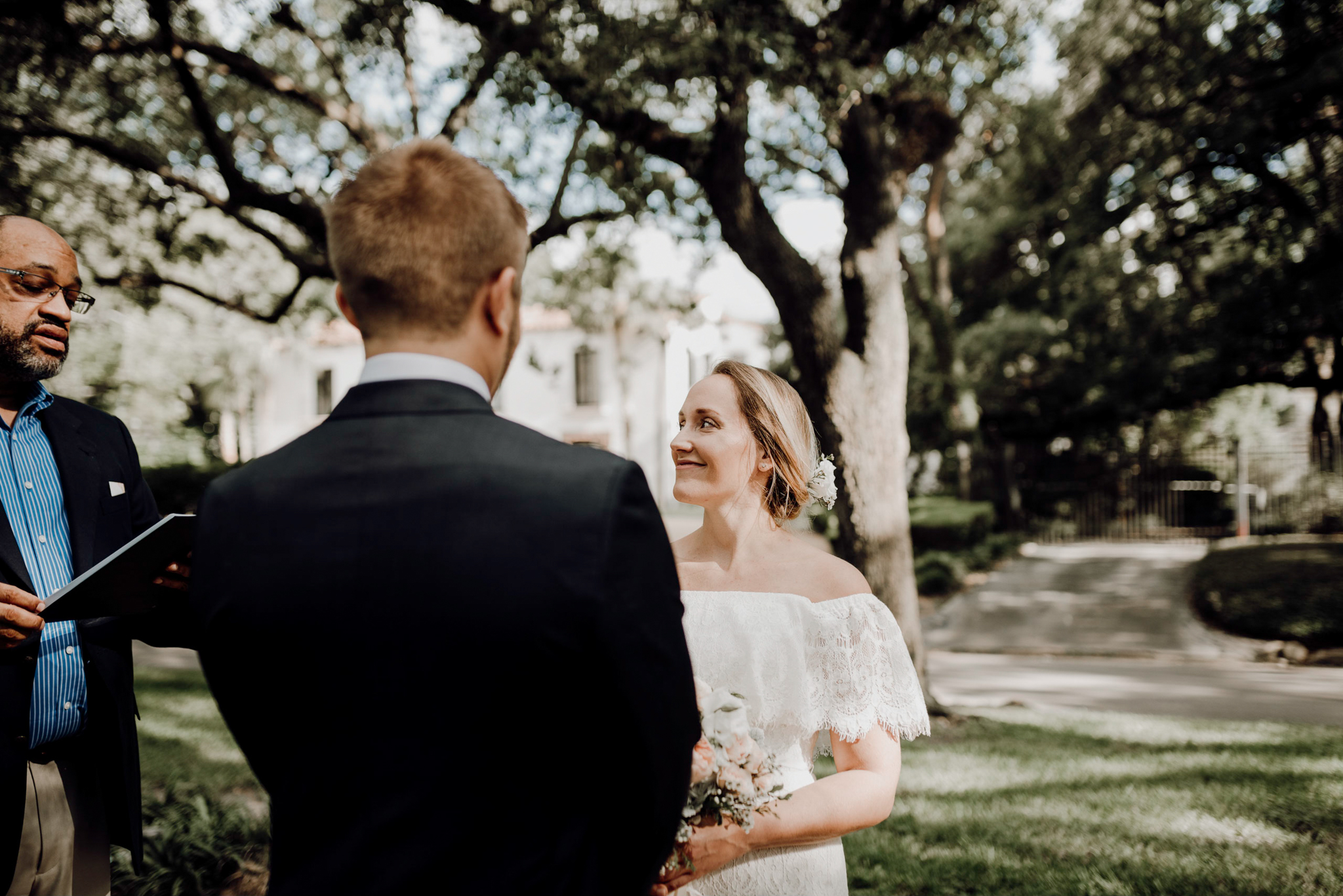 Houston Wedding Photographer-North Blvd Intimate Elopement- Houston Wedding Photographer -Kristen Giles Photography-22.jpg