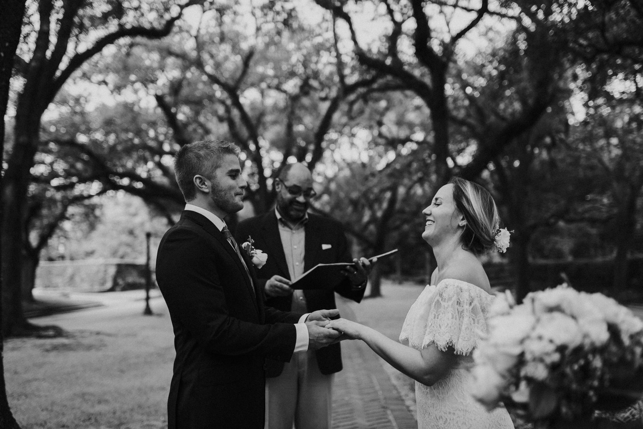 Houston Wedding Photographer-North Blvd Intimate Elopement- Houston Wedding Photographer -Kristen Giles Photography-28.jpg