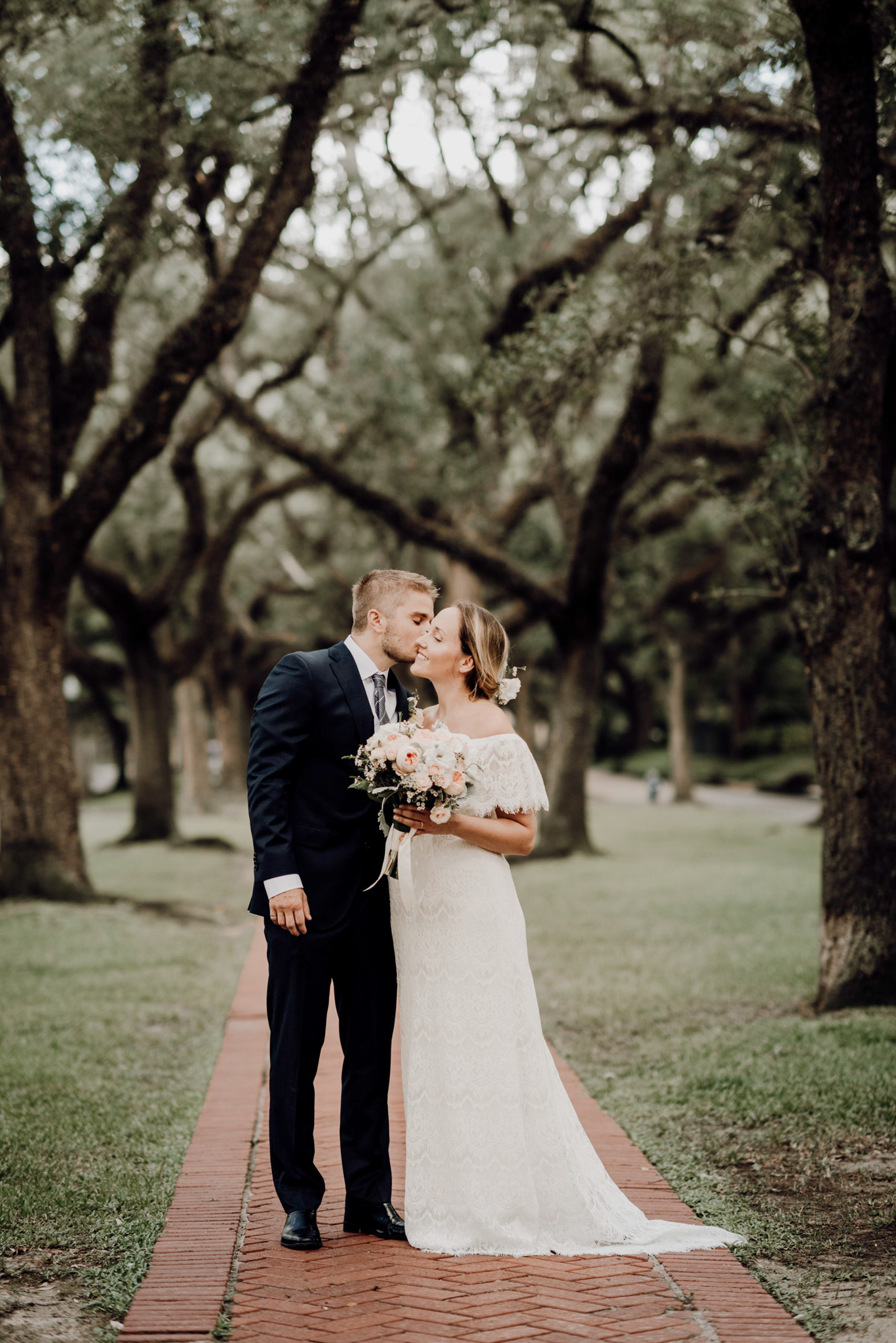 Houston Wedding Photographer-North Blvd Intimate Elopement- Houston Wedding Photographer -Kristen Giles Photography-51.jpg