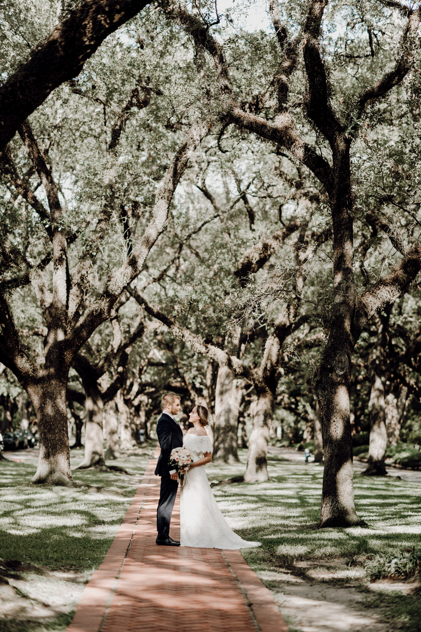 Houston Wedding Photographer-North Blvd Intimate Elopement- Houston Wedding Photographer -Kristen Giles Photography-59.jpg