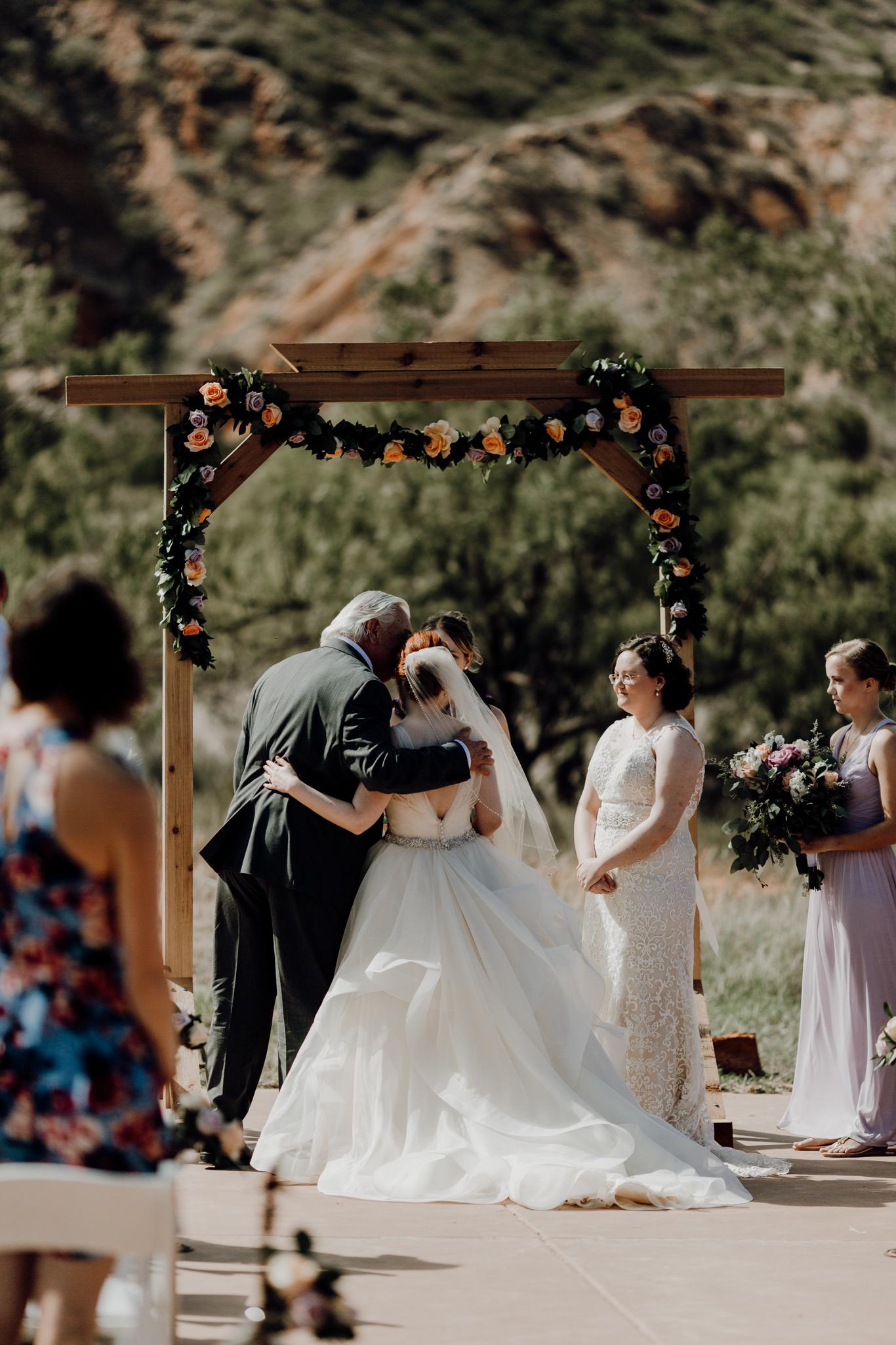 Texas Wedding Photographer-Palo Duro Canyon Sam Sex Wedding- Houston Wedding Photographer -Kristen Giles Photography-24.jpg